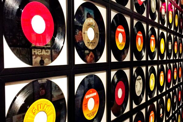Vinyl records sales reach record high in the U.K.
